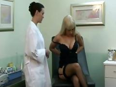 lesbo clinic