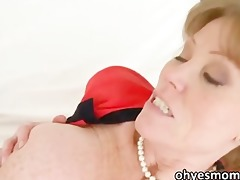 breasty stepmom darla is into her stepdaughter