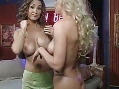 breasty lesbo chicks with large muffins stripping