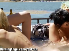 burning hotty punk rock lesbo hawt tub fuckfest