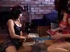 white and latin chick chick have lesbo sex - mrd