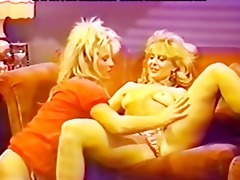 wicked lesbos eatting cum-hole juices