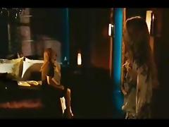 amanda seyfried & julianne moore undressed