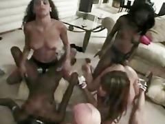 dark lesbos fuckfest