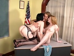 lesbo three-some