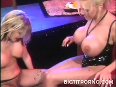 large busted porn stars sindee coxx and amber
