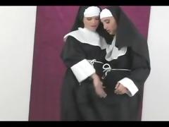 lesbian nuns : luscious lopez