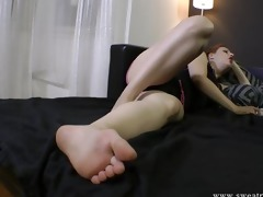 slave adore dominant-bitch feet